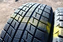 Bridgestone Blizzak Revo1. Зимние, без шипов, 2007 год, износ: 30%, 2 шт