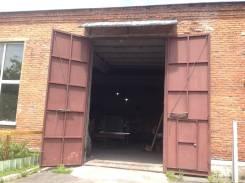 Сдается теплое складское помещение в районе Снеговой. 430 кв.м., улица Снеговая 111/113, р-н Снеговая. Дом снаружи