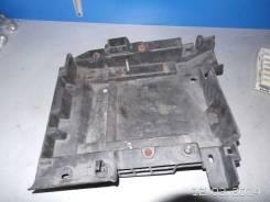 Крепление АКБ (корпус/подставка) Renault Laguna II (2001 - 2008)
