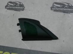 Треугольник (под твиттер) правый Mitsubishi Lancer X