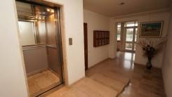 5-комнатная, улица Новороссийской Республики 2А. Центральный, агентство, 250 кв.м.