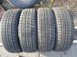 Bridgestone ST30. Зимние, без шипов, 2010 год, износ: 5%, 4 шт