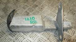 Кронштейн усилителя заднего бампера правый 1994-2000 Audi A4 B5