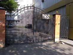 Ворота откатные секционные Alutech Doorhan заборы и ограждения.
