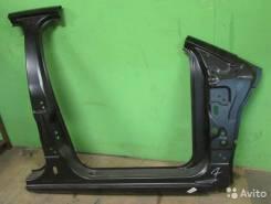 Ford Focus 2 боковина правая с порогом и стойками