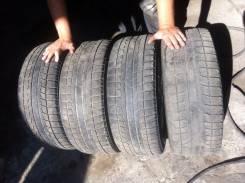 Bridgestone Blizzak Revo2. Зимние, 2011 год, износ: 70%, 4 шт