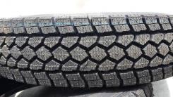Toyo M917. Зимние, без шипов, 2013 год, износ: 10%, 1 шт