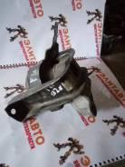 Подушка двигателя. Toyota Corolla, NZE120, NZE121