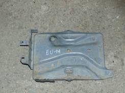 Кронштейн под аккумулятор. Nissan Bluebird, EU14 Двигатель SR18DE