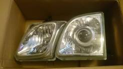 Продам передние фары (стекло) на Lexus LX470 дальний под ксенон. Toyota Land Cruiser Cygnus, UZJ100W Lexus LX470, UZJ100, UZJ100W Двигатель 2UZFE