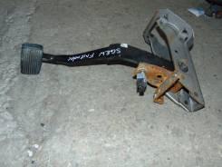 Педаль тормоза. Mazda Bongo Friendee, SGEW Двигатель FEE