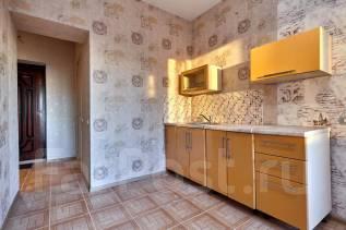 1-комнатная, улица Тепличная 96. лента, агентство, 38 кв.м.