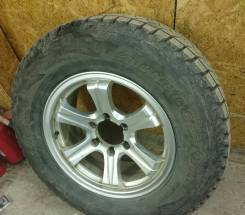 Зимние колеса 265/65R17 Brigestone износ 5%. 7.5x17 6x139.70 ET23 ЦО 108,0мм.