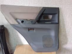 Обшивка двери. Mitsubishi Pajero, V73W, V75W, V78W