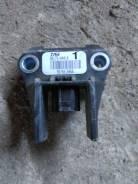 Датчик airbag. Toyota Mark X, GRX120