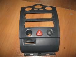 Кнопка центрального замка Renault Megane 2