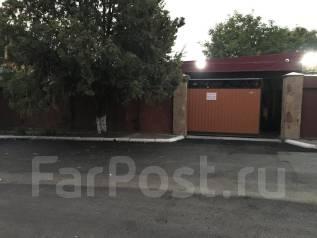 Продаю современный 3 эт дом в Крыму, в Симферополе. 300-400 кв. м., 3 этажа, 12 комнат