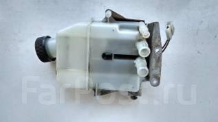 Бачок для тормозной жидкости. Mazda Titan