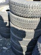 Bridgestone Holonic LW-01 SV-8. Зимние, без шипов, износ: 10%, 4 шт