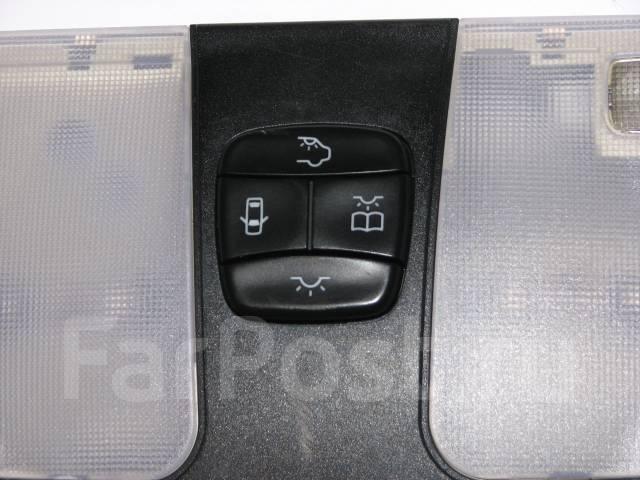 Светильник салона. Mercedes-Benz C-Class, W202