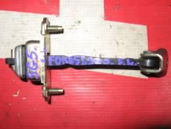 Ограничитель двери Subaru Forester SG5