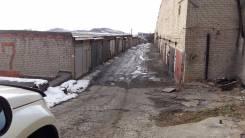 Гаражи капитальные. улица Сабанеева 24, р-н Баляева, 18 кв.м., электричество, подвал.