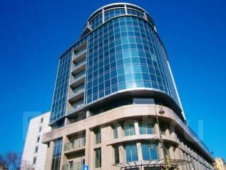 Центр города - торговые площади - 4000 кв. м. 4 000 кв.м., улица Алеутская 45а, р-н Центр. Дом снаружи