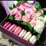Цветы и сладости в коробке! Оригинальный подарок!