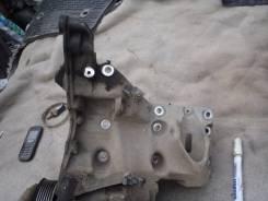 Крепление компрессора кондиционера. Porsche Cayenne