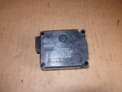 Мотор заслонки отопителя. Audi A8