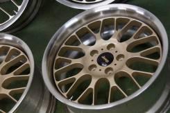 Custom Grande. 8.0x17, 5x114.30, ET28, ЦО 71,5мм.