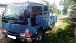 Nissan Atlas. Продам Нисан атлас 1995 в Арсеньеве, 2 700куб. см., 1 500кг., 4x2