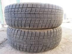 Bridgestone ST30. Зимние, без шипов, 2010 год, износ: 20%, 2 шт