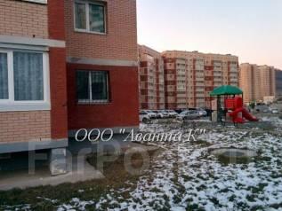 Продаю 2 комнат. квартиру на А. Щетининой,37. Улица Анны Щетининой 37, р-н Снеговая падь, 54 кв.м. Дом снаружи