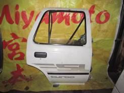 Дверь боковая задняя правая Toyota Hilux SURF LN130