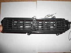 Решетка вентиляционная. Nissan Bluebird, EU13, HNU13, HU13, U13 Двигатели: SR18DE, SR20DE, SR20DET, GA16DS