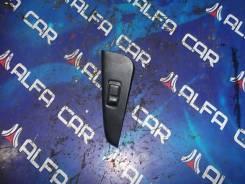 Кнопка стеклоподъёмника Nissan Bluebird QU14, левая передняя