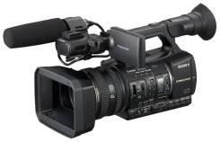 Sony HXR-NX5E. с объективом