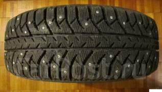 Bridgestone Ice Cruiser 7000. Зимние, шипованные, износ: 10%, 4 шт