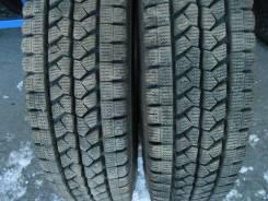 Bridgestone Blizzak. Зимние, без шипов, 2015 год, износ: 5%, 2 шт