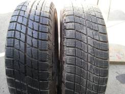 Bridgestone Ice Partner. Зимние, 2013 год, износ: 5%, 2 шт