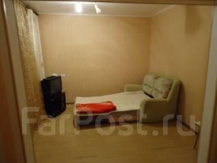 1-комнатная, проспект 50 лет Октября 4к3. 5 км, агентство, 38 кв.м.