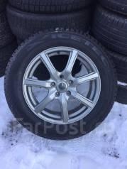 Продам практически новый комплект колес 22560R17. x17 5x114.30 ET54