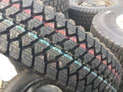 Bridgestone W940. Зимние, без шипов, 2001 год, без износа, 2 шт