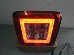 Стоп-сигнал. Nissan 350Z Toyota Prius