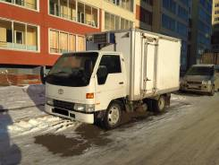 Toyota Toyoace. Toyota toyoace, 3 600 куб. см., 2 200 кг.