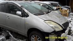 Фара Toyota Prius NHW20