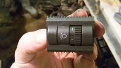 Кнопка регулировки фар. Volkswagen Polo