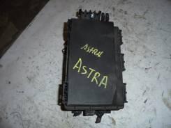 Блок предохранителей под капот. Opel Astra, L69, L48, L35, L67 Opel Astra Family, A04, L35, L48, L67, L69