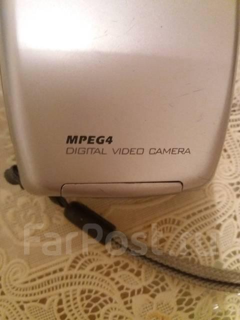 Видеокамера. с объективом